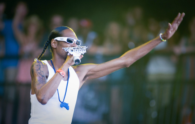 who-is-that-female-sprinter-oh-snoop